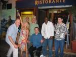 Gauche > Droite Garry, Claire, Stevie, Jerry, Graham, Joel, Mikael